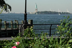 statue-of-liberty-from-battery-park